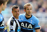 Steven Taylor (l) of Newcastle United and Harry Kane of Tottenham Hotspur during the Barclays Premier League match at St. James's Park, Newcastle<br /> Picture by Simon Moore/Focus Images Ltd 07807 671782<br /> 15/05/2016