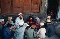 Pakistan, Khyber Pakhtunkhwa, vallee de Swat, ecole coranique // Pakistan, Khyber Pakhtunkhwa, Swat valley, Coranic school