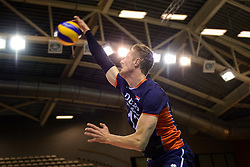 20150613 NED: World League Nederland - Finland, Almere<br /> De Nederlandse volleyballers hebben hun vierde zege in vijf World League-duels geboekt. Zes dagen na de pijnlijke 0-3 tegen België, werd in Almere Finland met 3-0 (25-20, 25-14, 25-18) verslagen / Kay van Dijk #12