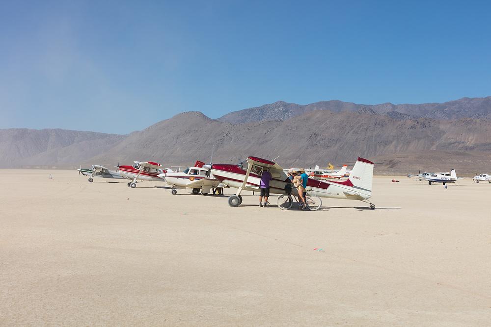 Aircraft at NV88.