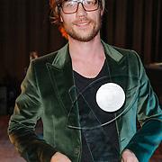 NLD/Hilversum/20120606 -Uitreiking Nipkowschrijf 2012, Giel Beelen wint de Zilveren REISSmicrofoon 2012