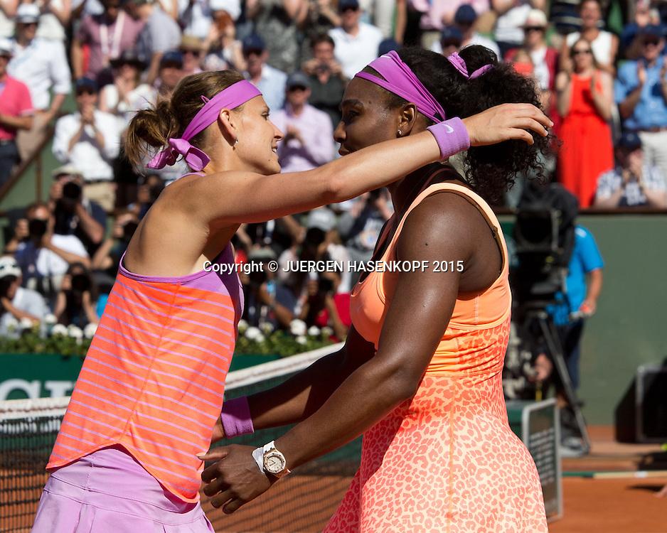 Lucie Safarova gratuliert der Siegerin Serena-Williams (USA), Finale, <br /> <br /> Tennis - French Open 2015 - Grand Slam ITF / ATP / WTA -  Roland Garros - Paris -  - France  - 6 June 2015.