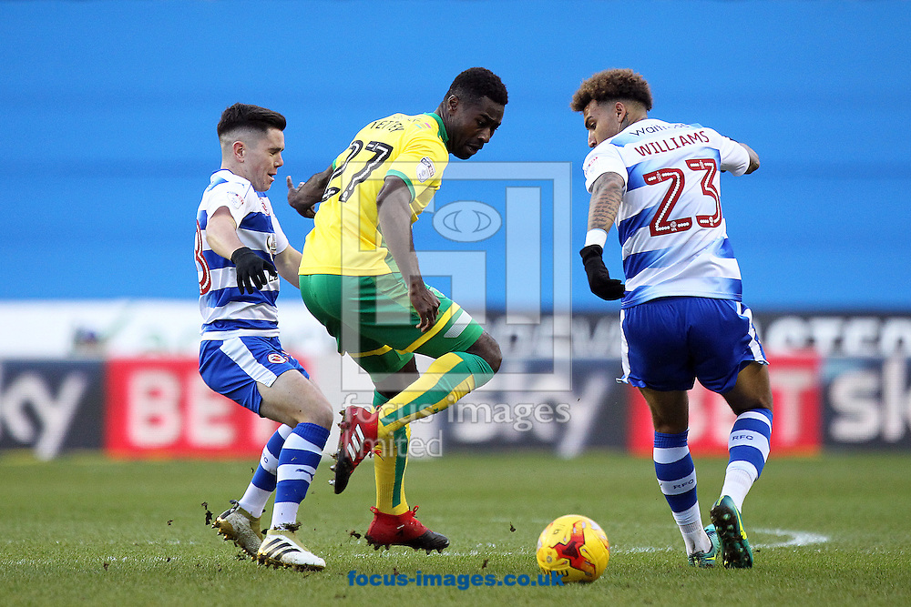 Alexander Tettey of Norwich in action during the Sky Bet Championship match at the Madejski Stadium, Reading<br /> Picture by Paul Chesterton/Focus Images Ltd +44 7904 640267<br /> 26/12/2016