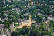 Nederland, Noord-Holland, Hilversum, 27-08-2013;<br /> Raadhuis Hilversum in het Dudokpark, genoemd naar de architect Dudok, ontwerper van het gebouw, midden in een groene villawijk.<br /> <br /> luchtfoto (toeslag op standaard tarieven);<br /> aerial photo (additional fee required);<br /> copyright foto/photo Siebe Swart.