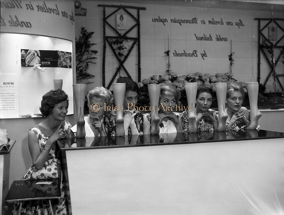 "02/05/1960<br /> 05/02/1960<br /> 02 May 1960<br /> Models for the Bradmola ""Mannequin"" Nylon stand at the R.D.S. Spring Show, Ballsbridge, Dublin.  Included are: Yvonne Doupe; Betty Grant; Elsie O'Connell; Joan Cullen; Mary Blythe and Maura Bacon."