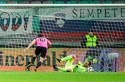 Jan Oblak of Slovenia during football match between National Teams of Slovenia and Scotland of Fifa 2018 World Cup European qualifiers, on October 8, 2017 in SRC Stozice, Ljubljana, Slovenia. Photo by Vid Ponikvar / Sportida