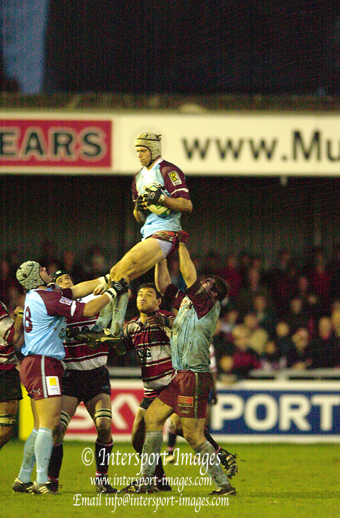 13/12/2003 - Photo  Peter Spurrier.2003/04 Heineken Cup Gloucester v Bourgoin   [Mandatory Credit, Peter Spurier/ Intersport Images].