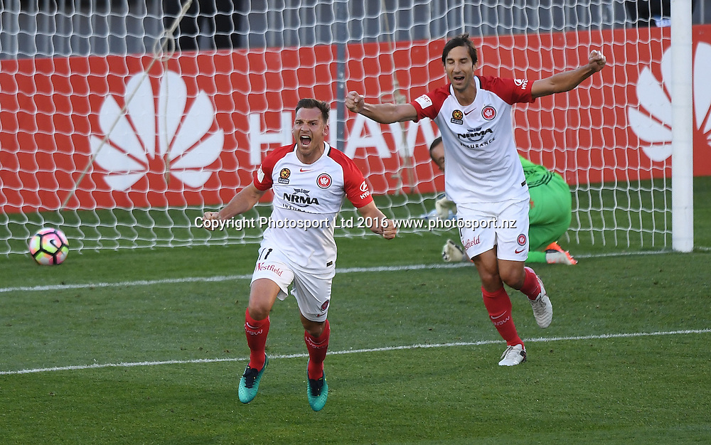 Western Sydney Wanderers'  Brendon Santalab celebrates his goal.<br /> Wellington Phoenix v Western Sydney Wanderers. A-League Football. Mt Smart Stadium, Auckland, New Zealand. Saturday 17 December 2016 &copy; Copyright image: Andrew Cornaga / www.photosport.nz