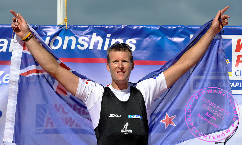 MAHE DRYSDALE (NEW ZEALAND) CELEBRATES HIS SILVER MEDAL AFTER IN MEN'S SINGLE SCULLS FINAL A DURING REGATTA WORLD ROWING CHAMPIONSHIPS ON KARAPIRO LAKE IN NEW ZEALAND...NEW ZEALAND , KARAPIRO , NOVEMBER 06, 2010..( PHOTO BY ADAM NURKIEWICZ / MEDIASPORT )..PICTURE ALSO AVAIBLE IN RAW OR TIFF FORMAT ON SPECIAL REQUEST.