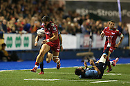 DTH van der Merwe of the Scarlets  (l) breaks past Kirby Myhill of Cardiff Blues. Guinness Pro12 rugby match, Cardiff Blues v Scarlets at the BT Cardiff Arms Park in Cardiff, South Wales on Friday 28th October 2016.<br /> pic by Andrew Orchard, Andrew Orchard sports photography.