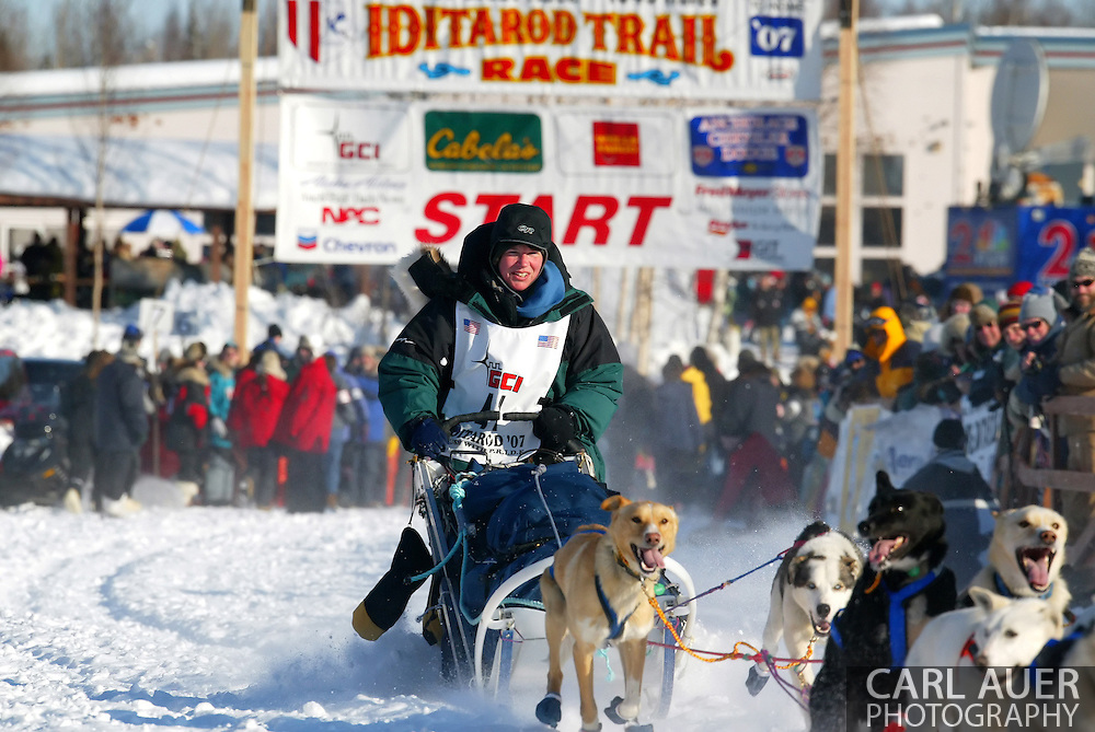 3/4/2007:  Willow, Alaska -  Rookie Ellen Halverson of Wasilla, AK heads out in the 35th Iditarod Sled Dog Race