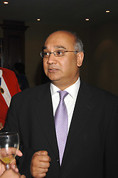 KEITH VAZ MP at the Eastern Eye Asian Business Awards 2007 in the presence of HRH The Duke of York at the Hilton Park Lane, London on 8th May 2007.<br />