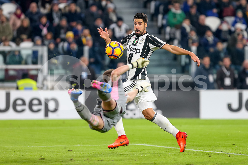 Sami Khedira of Juventus during the Serie A match between Juventus and Palermo at the Juventus Stadium, Turin, Italy on 17 February 2017. Photo by Marco Canoniero.