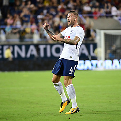 Toby Alderweireld of Spurs celebrates after putting his side 3-2 ahead during the International Champions Cup match between Paris Saint Germain and Tottenham Hotspur on July 22, 2017 in Orlando, United States. (Photo by Dave Winter/Icon Sport)