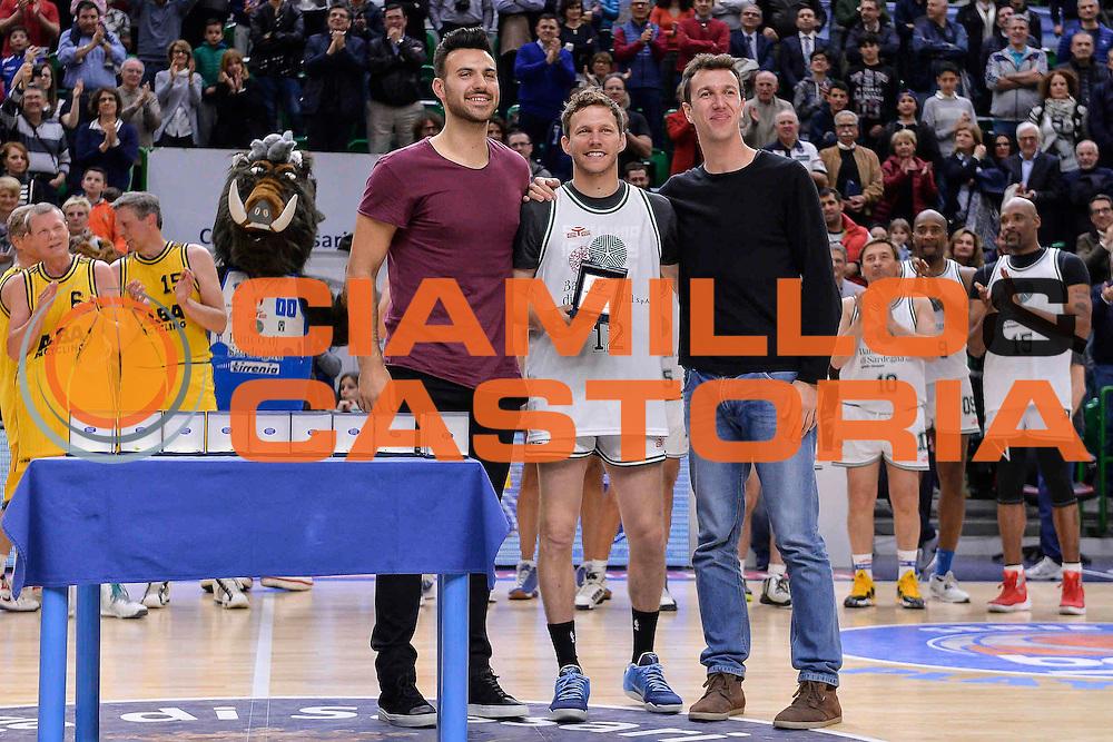 DESCRIZIONE : Dinamo Banco di Sardegna Sassari All Stars Legends Night<br /> GIOCATORE : Travis Diener<br /> CATEGORIA : Premiazione<br /> SQUADRA : Dinamo Banco di Sardegna Sassari<br /> EVENTO : Dinamo Banco di Sardegna Sassari All Stars Legends Night<br /> GARA : Dinamo Banco di Sardegna Sassari - Alba Berlino Veterans<br /> DATA : 14/05/2016<br /> SPORT : Pallacanestro <br /> AUTORE : Agenzia Ciamillo-Castoria/L.Canu