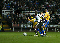Photo: Andrew Unwin.<br />Newcastle United v Mansfield Town. The FA Cup.<br />07/01/2006.<br />Newcastle's Alan Shearer fires home his 200th club goal.