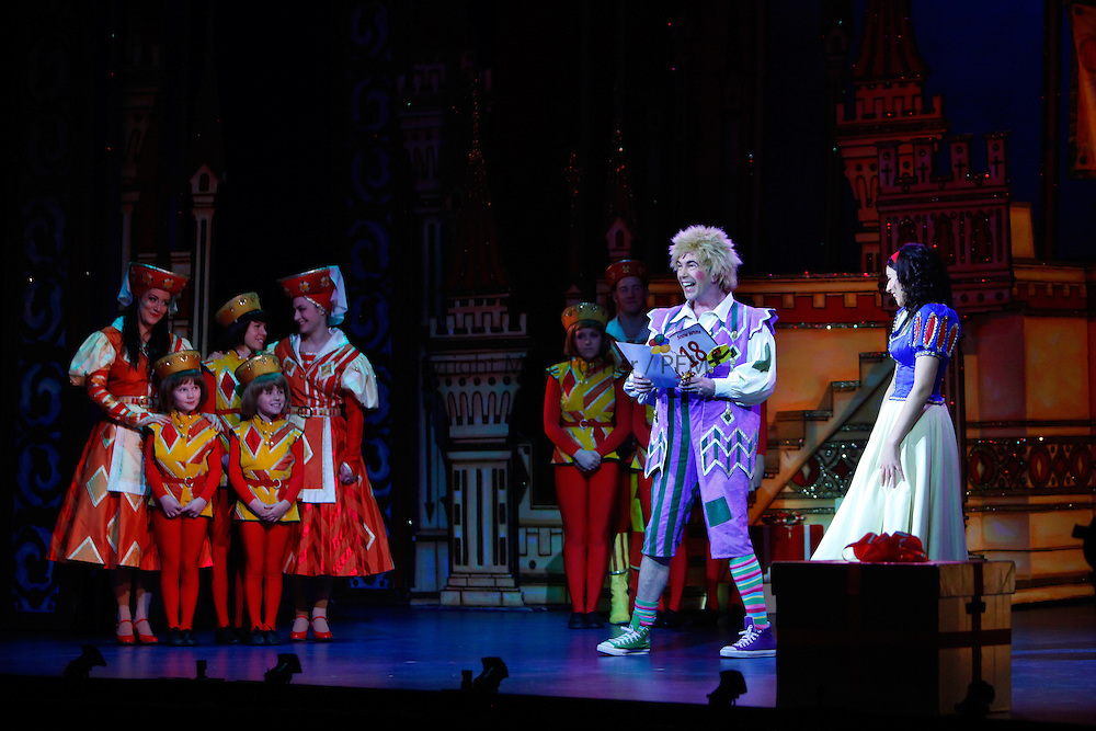 Snow White at The Kings - Photo Essay<br /> <br /> <br /> Gavin Mitchell as Muddles, formerly his friend Gerard Kelly's role