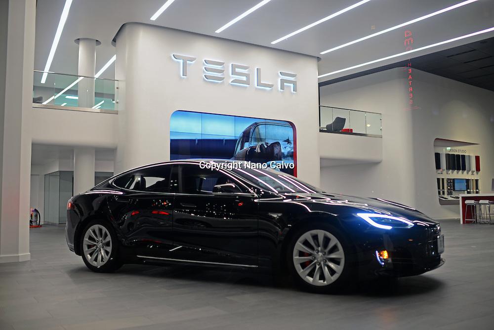 Tesla Motors Inc store in San Francisco.