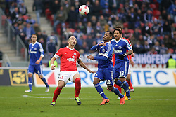16.02.2013, Coface Arena, Mainz, GER, 1. FBL, 1. FSV Mainz 05 vs FC Schalke 04, 22. Runde, im Bild v.l.: Elkin Soto (MZ) gegen Raffael (S04) // during the German Bundesliga 22th round match between 1. FSV Mainz 05 and FC Schalke 04 at the Coface Arena, Mainz, Germany on 2013/02/16. EXPA Pictures © 2013, PhotoCredit: EXPA/ Eibner/ Matthias Neu ***** ATTENTION - OUT OF GER *****