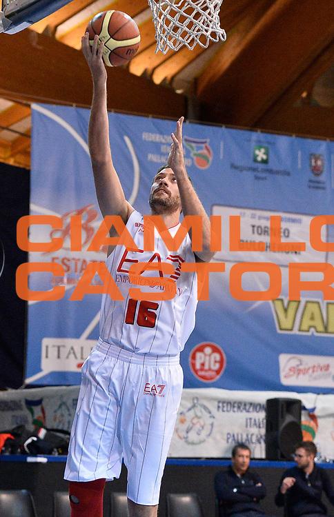 DESCRIZIONE : Bormio Lega A 2014-15 amichevole Ea7 Olimpia Milano - Stings Mantova<br /> GIOCATORE : Angelo Gigli<br /> CATEGORIA : before riscaldamento<br /> SQUADRA : Ea7 Olimpia Milano<br /> EVENTO : Valtellina Basket Circuit 2014<br /> GARA : Ea7 Olimpia Milano - Stings Mantova<br /> DATA : 04/09/2014<br /> SPORT : Pallacanestro <br /> AUTORE : Agenzia Ciamillo-Castoria/R.Morgano<br /> Galleria : Lega Basket A 2014-2015  <br /> Fotonotizia : Bormio Lega A 2014-15 amichevole Ea7 Olimpia Milano - Stings Mantova<br /> Predefinita :