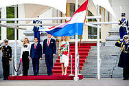 THE HAGUE - King Willem-Alexander and Queen Maxima pose with the Mexican president Pena Nieto and his wife Angelica Rivera de Pena during the ceremonial reception at the rear of Paleis Noordeinde.  ROBIN UTRECHT