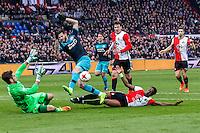 ROTTERDAM - Feyenoord - PSV , Voetbal , Eredivisie , Seizoen 2016/2017 , De Kuip , 26-02-2017 ,  Feyenoord speler Terence Kongolo (r) met tackle op PSV speler Gaston Pereiro (m) waar Feyenoord speler Brad Jones (l) ook al komt inglijden