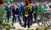 ARNHEM - Koning Willem-Alexander en koningin Maxima tijdens hun bezoek aan Arnhem. Het koninklijk paar bezoekt, in het teken van de 'royal tour', de aankomende tijd de 12 provincies. ANP HANDOUT ROYAL IMAGES KOEN VAN WEEL **NO ARCHIVES NO SALES**