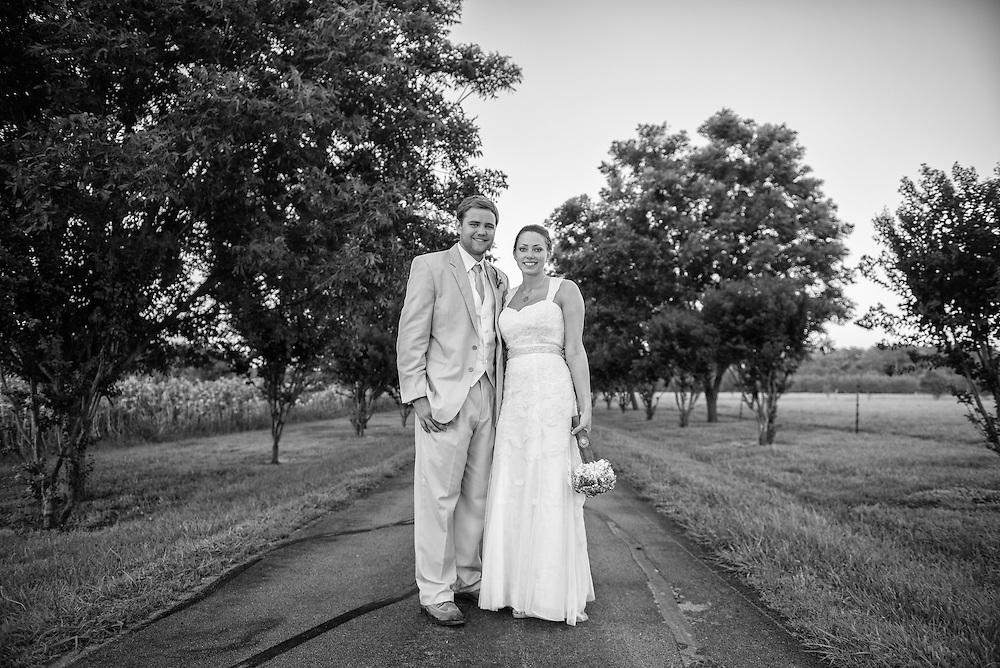 Robbie and Kasi Wedding | New Bern Photographers