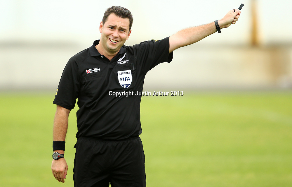 Referee Nick Waldron. ASB Premiership Football - YoungHeart Manawatu v Otago United, Memorial Park, Palmerston North, New Zealand on Sunday 13 January 2013. Photo: Justin Arthur / photosport.co.nz