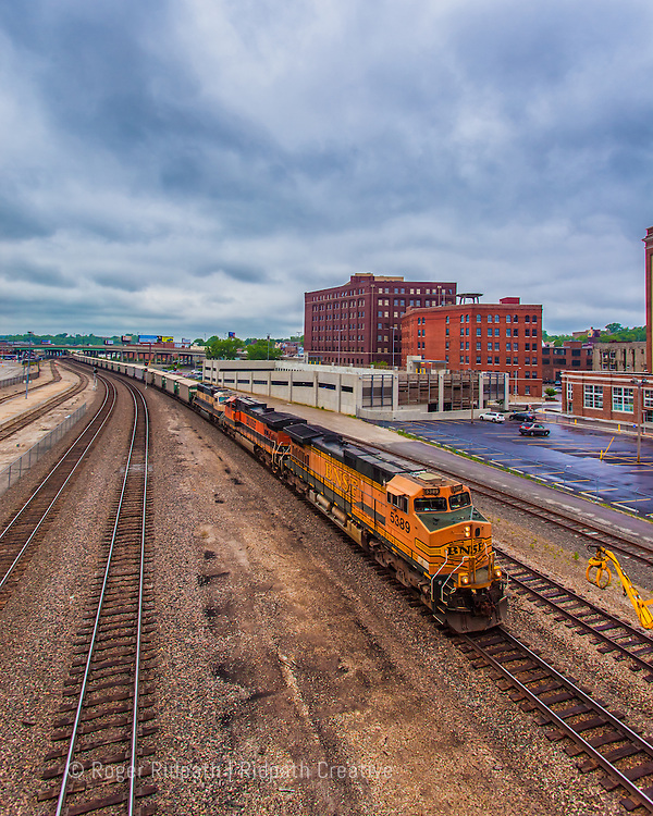 BNSF Train On Tracks Kansas City Missouri