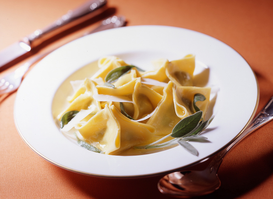 herbs ravioli with butter and sage