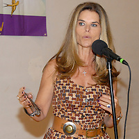 .First Lady Maria Shriver speaks during the National Center on Addiction Substance Abuse's (CASA) Family Day - A Day to Eat Dinner with Your Children(TM) at the Santa Monica YMCA on Tuesday, September, 28, 2010.