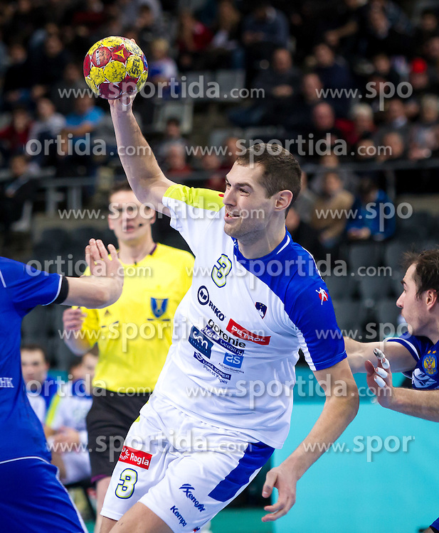 23.01.2013, Palau Sant Jordi, Barcelona, ESP, IHF, Handball Weltmeisterschaft der Herren, Viertelfinale, Russland vs Slowenien, im Bild Nenad Bilbija (SLO)// Nenad Bilbija of Slovenia during the Quaterfinal match of the IHF Handball World Championship between Russia and Slovenia at the Palau Sant Jordi, Barcelona, Spain on 2013/01/23. EXPA Pictures © 2013, PhotoCredit: EXPA/ Sebastian Pucher