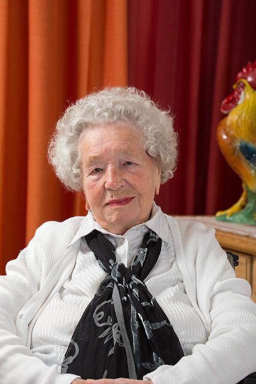 Germany - Deutschland - KURSANA - 100 Jährige; HIER: Paula Köppl, 107, Kursana Domizil Pullach, 04.03.2017; © Christian Jungeblodt