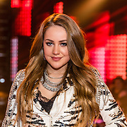 NLD/Hilversum/20170120 - 2de liveshow The Voice of Holland 2017, Pleun Bierbooms met Wendy van Dijk