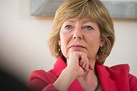 17 MAR 2016, BERLIN/GERMANY:<br /> Daniela Schadt, Lebensgefaehrtin des Bundespraesidenten, waehrend einem Interview im Büro von Schadt, Schloss Bellevue<br /> IMAGE: 20160317-01-030<br /> KEYWORDS: Michael Bröcker