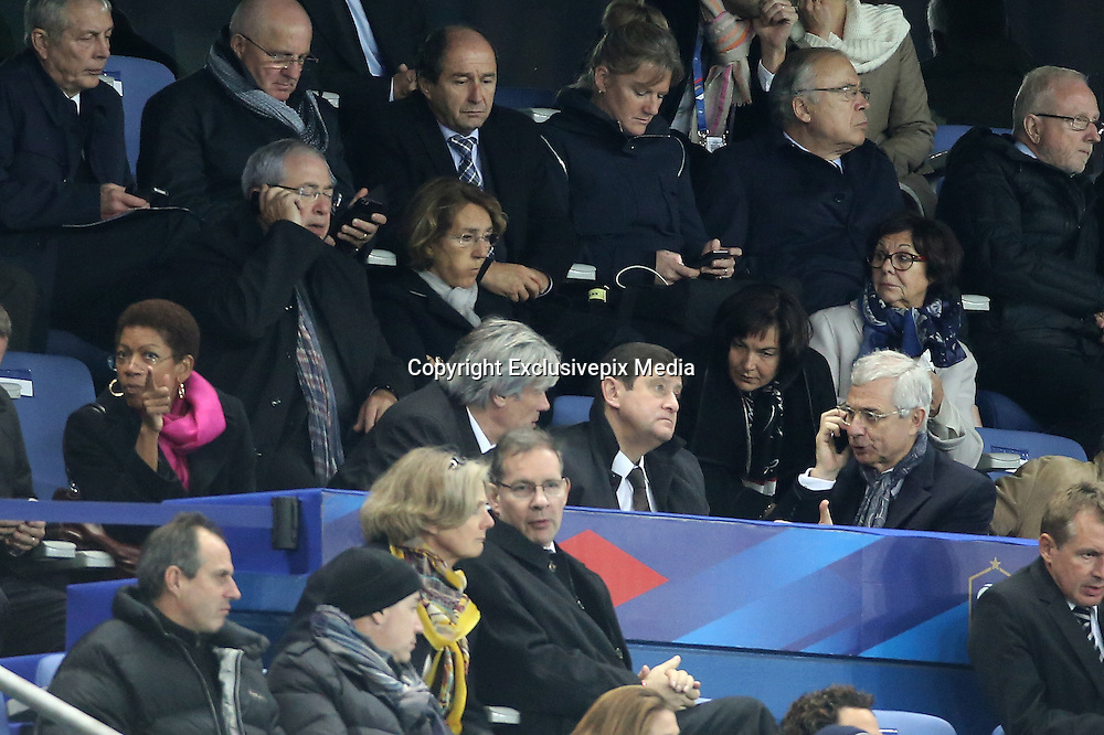 HALF TIME , THE NETHERLANDS CHAIRMAN was evacuated , POLICY FRENCH ARE HANGING THEIR PHONE - GEORGE Pau - Langevin , Jean-Paul Huchon , STEPHANE LE FOLL , PATRICK KANNER , Claude Bartolone - WAVE OF ATTACKS IN PARIS - REACTIONS STAGE DURING THE MATCH FRANCE FRANCE - GERMANY AS ATTACKS KAMIKAZE HAD HELD AROUND THE STADIUM .<br /> ©Exclusivepix Media