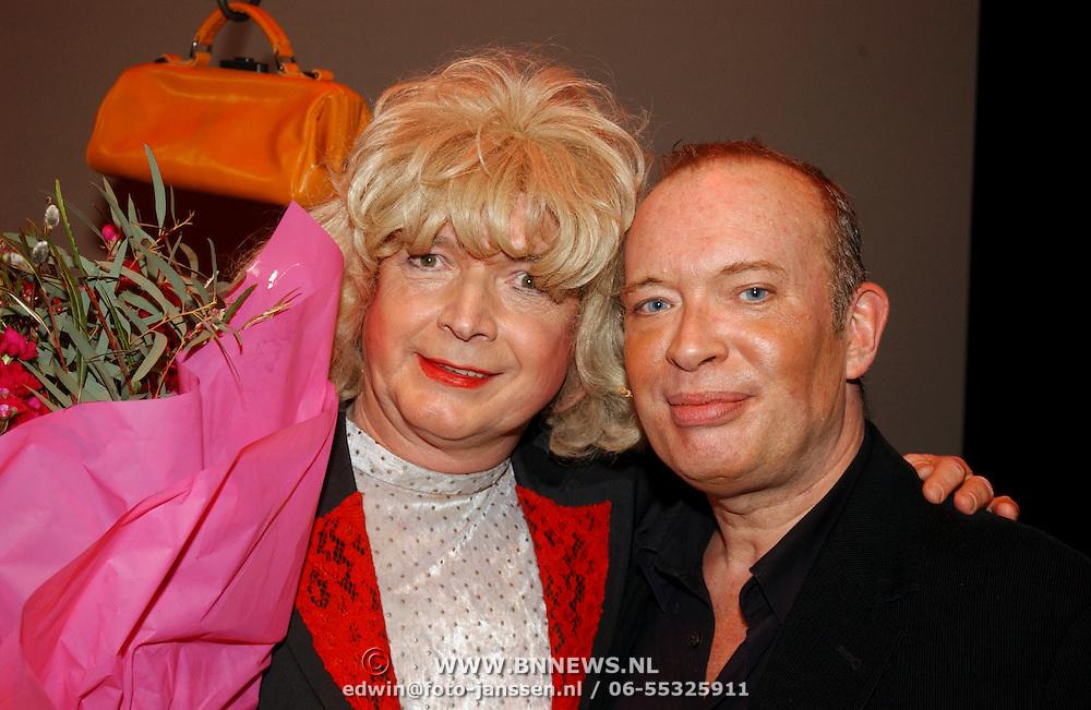 Nelly Frijda 50 jaar in het theatervak, Paul Haenen (Margreet Dolman), Frans Mulder