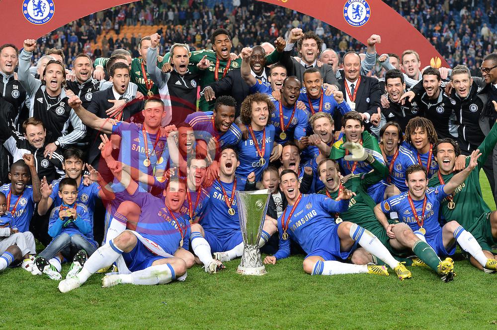 Chelsea players celebrate - Photo mandatory by-line: Joe Meredith/JMP - Tel: Mobile: 07966 386802 06/05/2013 - SPORT - FOOTBALL - EUROPA LEAGUE FINAL - Amsterdam Arena - Amsterdam - Benfica v Chelsea - Europa League Final