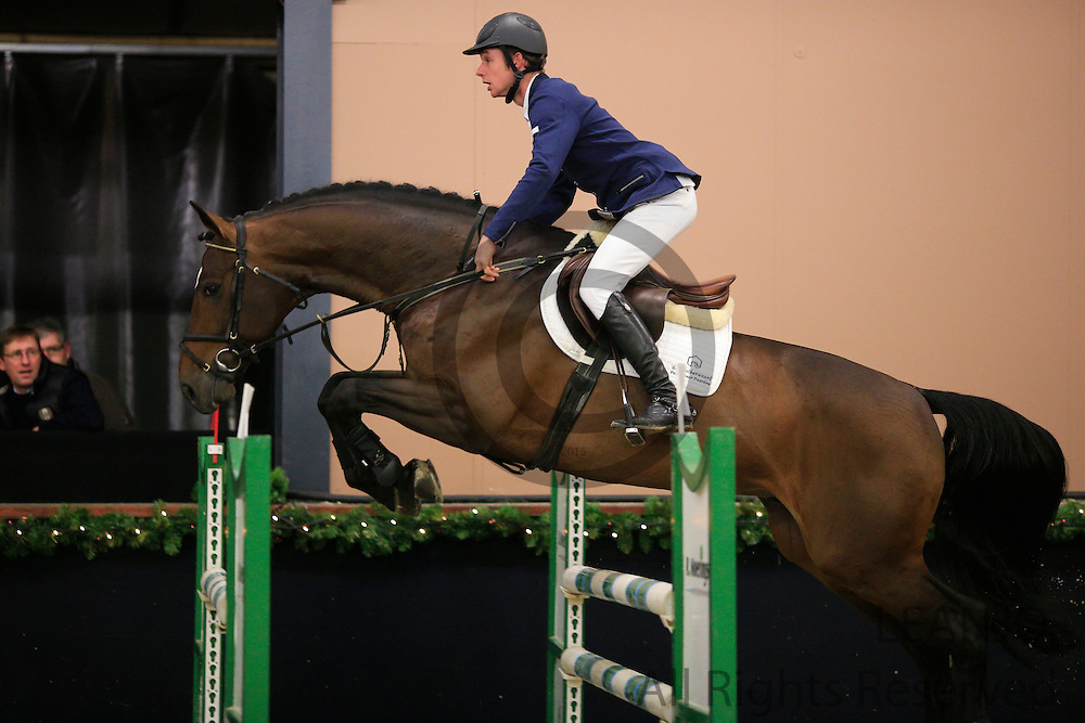 Bart Bles - Bontender DDH<br /> KNHS/KWPN GMB Hengstencompetitie Roosendaal 2012<br /> © DigiShots