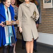 NLD/Bleiswijk/20181122 - Koningin Maxima en president Halimah brengenbezoek aan Horticultural Centre Bleiswijk, Koningin Maxima en mevrouw Fresco
