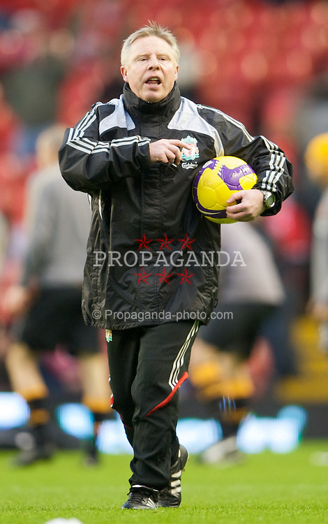 LIVERPOOL, ENGLAND - Saturday, December 13, 2008: Liverpool's assistant manager Sammy Lee warms-up before the Premiership match against Hull City at Anfield. (Photo by David Rawcliffe/Propaganda)