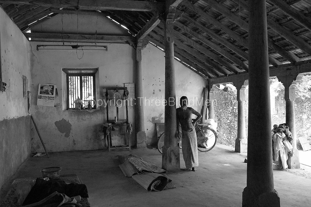 Sri lanka old house jaffna threeblindmen photography for Classic house 2004