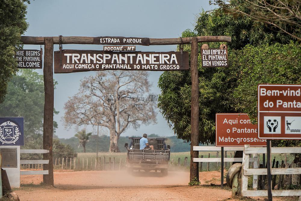 Transpantaneira road<br /> Northern Pantanal<br /> Mato Grosso<br /> Brazil