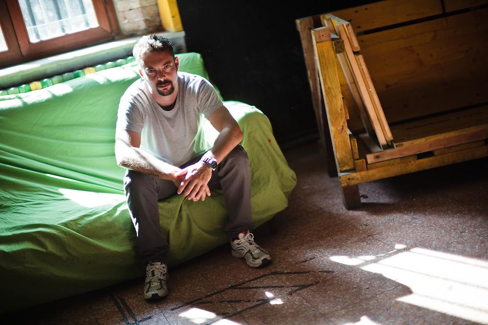 """23 MAY 2011 - Venezia - Tommaso Cacciari, resp. del centro sociale """"Laboratorio Morion"""", presso la sede di San Francesco della Vigna"""