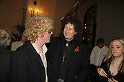 Ian Hunter from Mott the Hoople and Brian May. Classic Rock Roll of Honour, Classic Rock magazineÍs annual awards party. Langham Hotel, portland Place. London. 6 November 2006.  ONE TIME USE ONLY - DO NOT ARCHIVE  © Copyright Photograph by Dafydd Jones 66 Stockwell Park Rd. London SW9 0DA Tel 020 7733 0108 www.dafjones.com