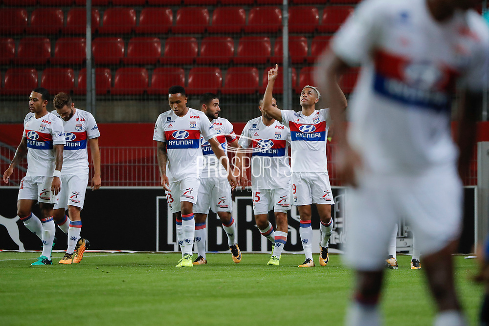 Mariano DIAZ MEJIA (Olympique Lyonnais) headed the ball to score a goal against Hamari TRAORE (STADE RENNAIS FOOTBALL CLUB) and Abdoulaye DIALLO (STADE RENNAIS FOOTBALL CLUB), celebration, Jeremy MOREL (Olympique Lyonnais), Nabil FEKIR (Olympique Lyonnais), Kenny TETE (Olympique Lyonnais)during the French championship L1 football match between Rennes v Lyon, on August 11, 2017 at Roazhon Park stadium in Rennes, France - Photo Stephane Allaman / ProSportsImages / DPPI