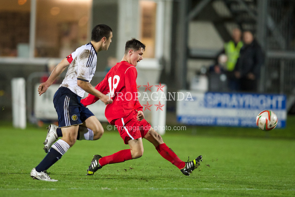 ABERYSTWYTH, WALES - Thursday, October 31, 2013: Wales' Liam Cullen (Swansea City - Green Hill School) scores the second goal against Scotland during the Victory Shield match at Park Avenue. (Pic by David Rawcliffe/Propaganda)