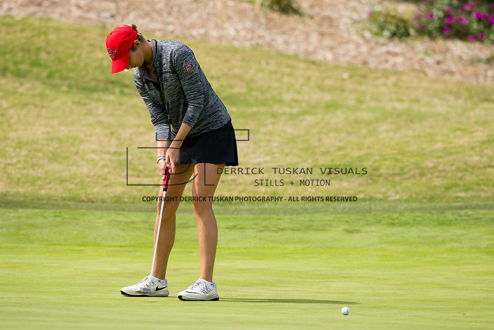 26 March 2018: Gioia Carpinelli putts the ball on the thirteenth green during the opening round of the March Mayhem Tournament hosted by SDSU at the Farms Golf Club in Rancho Santa Fe, California. <br /> More game action at sdsuaztecphotos.com