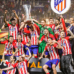 Team Atletico Madrid celebrate his victory with the trophy during the Europa League Final match between Marseille and Atletico Madrid at Groupama Stadium on May 16, 2018 in Lyon, France. (Photo by Guillaume Ruoppolo/Icon Sport)